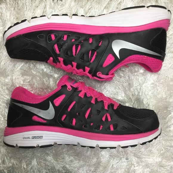 purchase cheap 17b1a c3556 Nike Dual Fusion Run 2 Women s Running Shoes 9.5. M 5b036f3d05f430c771220831